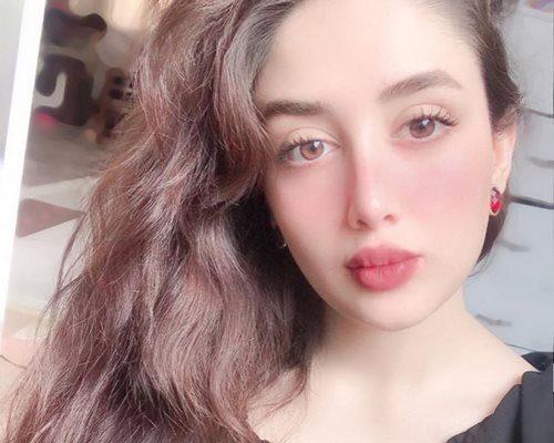 مینا حیدری